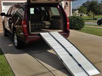 Hliníková rampa pro vozíčkáře - 3x složitelné s menším uhlem nájezdu
