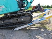 Nájezdy pro těžkou techniku i pro ocelové pásy