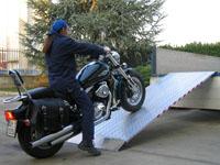 Protiskluzové širší nájezdy pro  motorky a jiné stroje