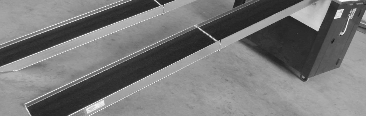 viceucelove-skladaci-najezdy-s-nosnosti-544-kg-1.jpg